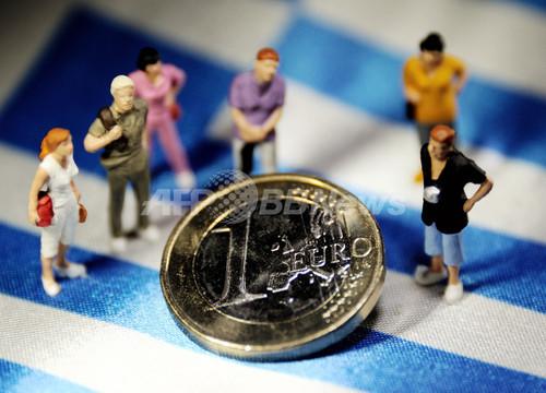 ユーロ圏「南北分断」に危機感、ギリシャ支援問題で