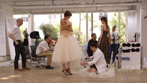 メゾンの舞台裏に初潜入、映画『ディオールと私』3月14日公開