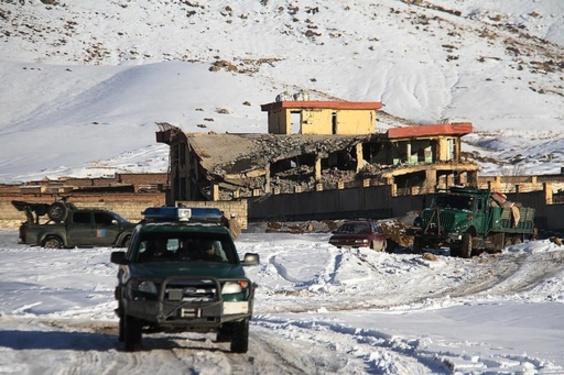 タリバンがアフガン情報機関を攻撃、死者65人か