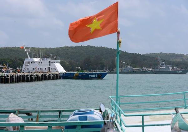 中国漁船6隻に退去命令=領海侵犯で-ベトナム