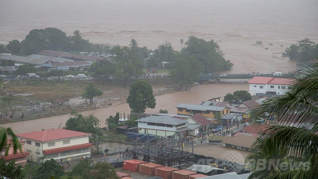 ソロモン諸島で洪水、死者9人に