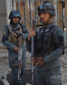 アフガニスタン2か所のモスクで自爆攻撃、計約60人死亡