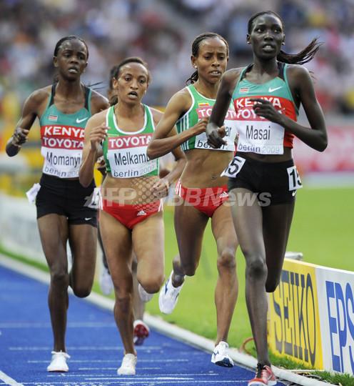 マサイが女子1万メートルを制す 中村は7位、世界陸上ベルリン大会