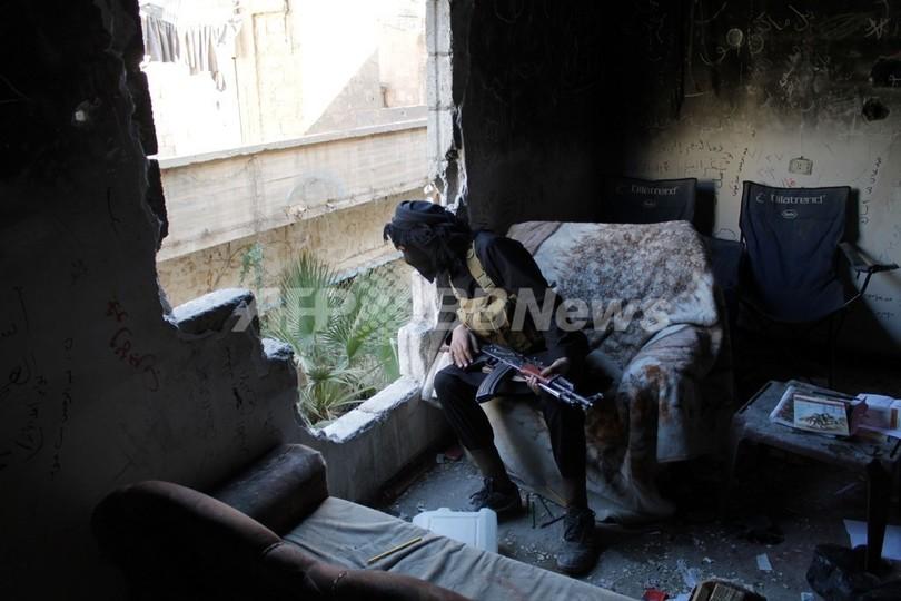 赤十字メンバーら7人拉致される、シリア
