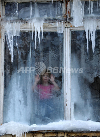 欧州の大寒波、死者200人超に 週末も雪の予報
