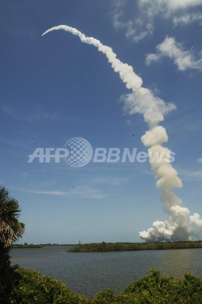 スペースシャトル「アトランティス」、最後の打ち上げに成功