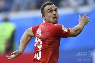 リバプールがスイス代表のシャキリを獲得