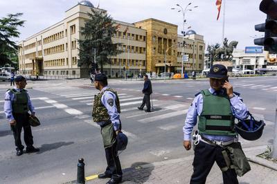 「孫の死は保険制度のせい」 祖父が前保健相を銃撃 マケドニア