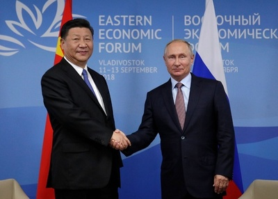 プーチン氏、中ロ貿易の米ドル使用減を示唆