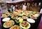 テーブルいっぱいの「美食」でも食べられません 北京