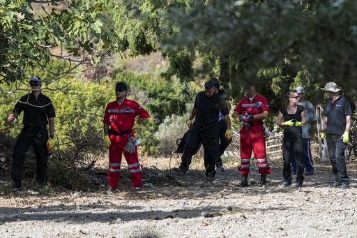20年以上前に不明の英男児の捜索中に古代の墓発見、ギリシャ