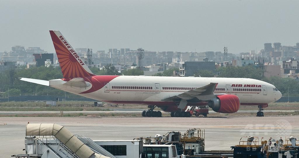 機内にネズミで運航から除外、エア・インディア機