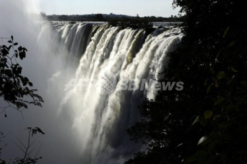 アフリカに世界最大の自然保護区、オカバンゴからザンベジ川流域