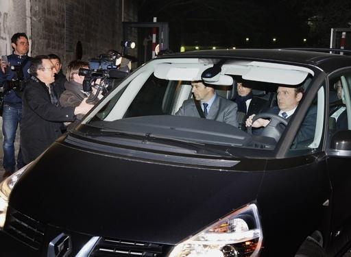 フランスのサルコジ前大統領を刑事訴追、不正資金問題で