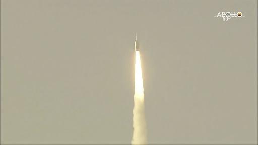NASA有人月面着陸船オリオン、打ち上げ時の緊急脱出試験に成功