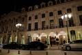 パリのリッツホテルに武装強盗 5億円の宝飾品奪う