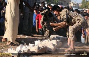 IS、パルミラの彫像破壊する画像公開