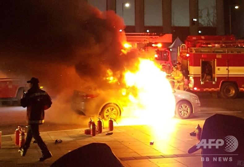 韓国でタクシー運転手が再び焼身自殺、相乗りサービスに抗議