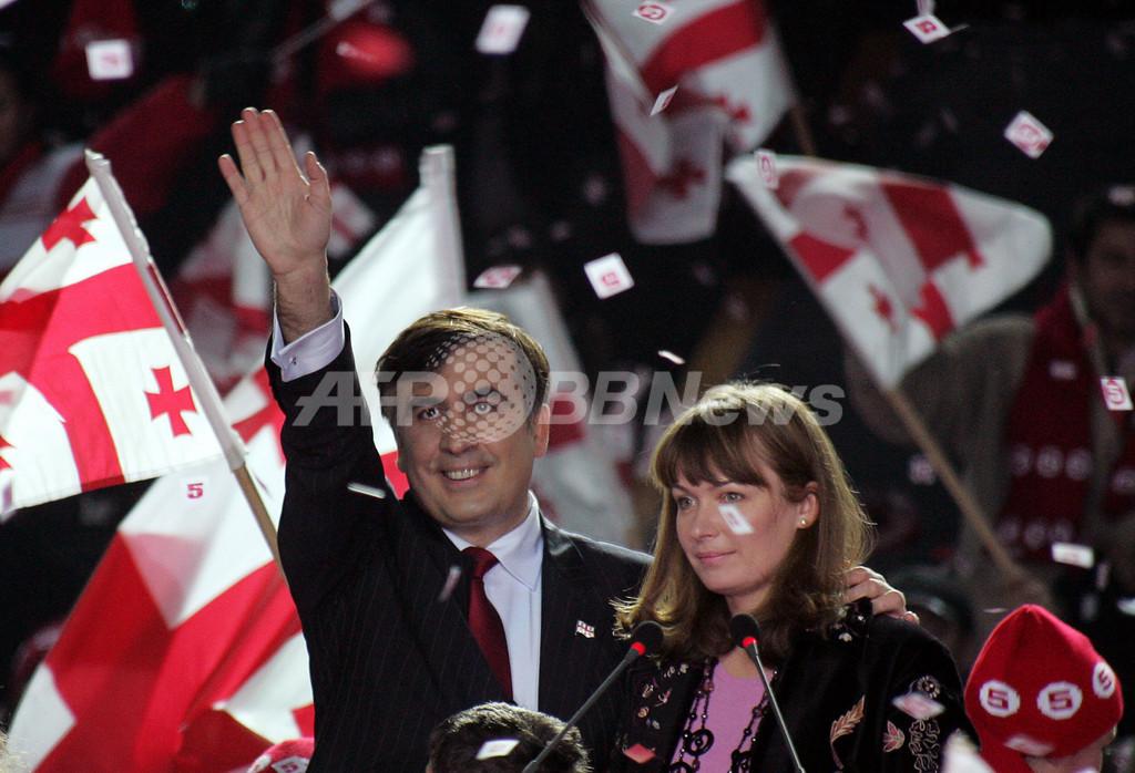 グルジア大統領選、サーカシビリ氏の再選確定
