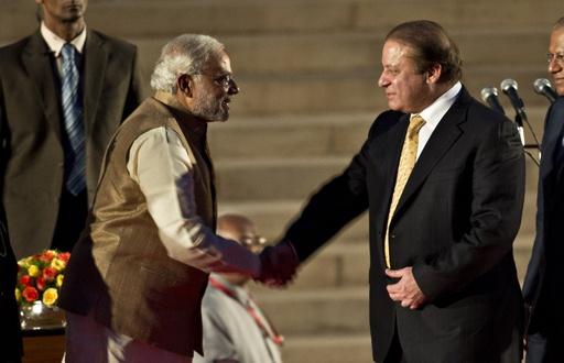 インド、モディ新首相が就任宣誓 パキスタン首相も初の列席