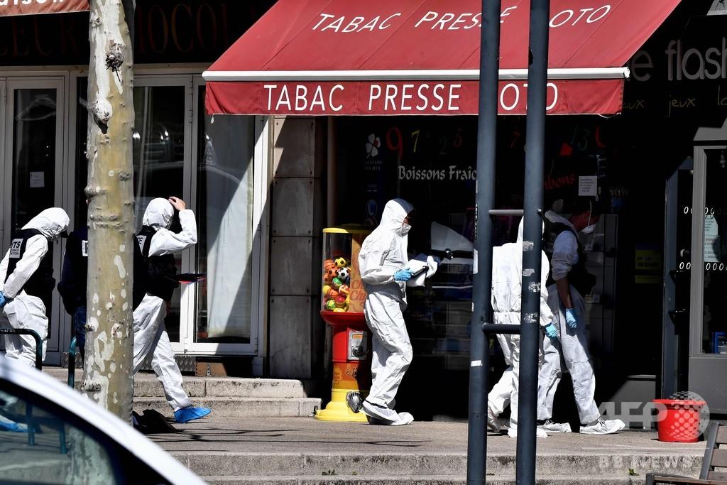 仏刃物襲撃、「テロ攻撃」として捜査開始 容疑者は地元で暮らす難民