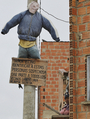 街角に犯罪者の指名手配人形、住民による私刑が増加 南米ボリビア