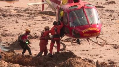 動画:ブラジル鉱山ダム決壊、死者84人に 不明者276人 続く捜索活動
