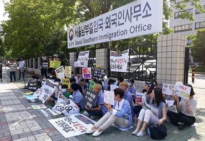 ムスリム難民に反発する韓国社会 「キリスト教に改宗したら受け入れ」