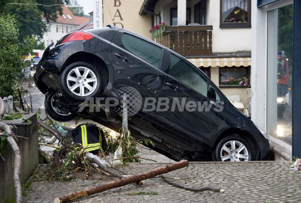 ドイツ南部で豪雨により大洪水が発生、死者3人