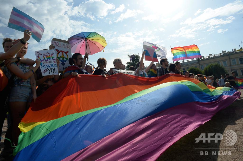 ロシア女性活動家、脅迫受けた後に殺害される 反体制運動に参加