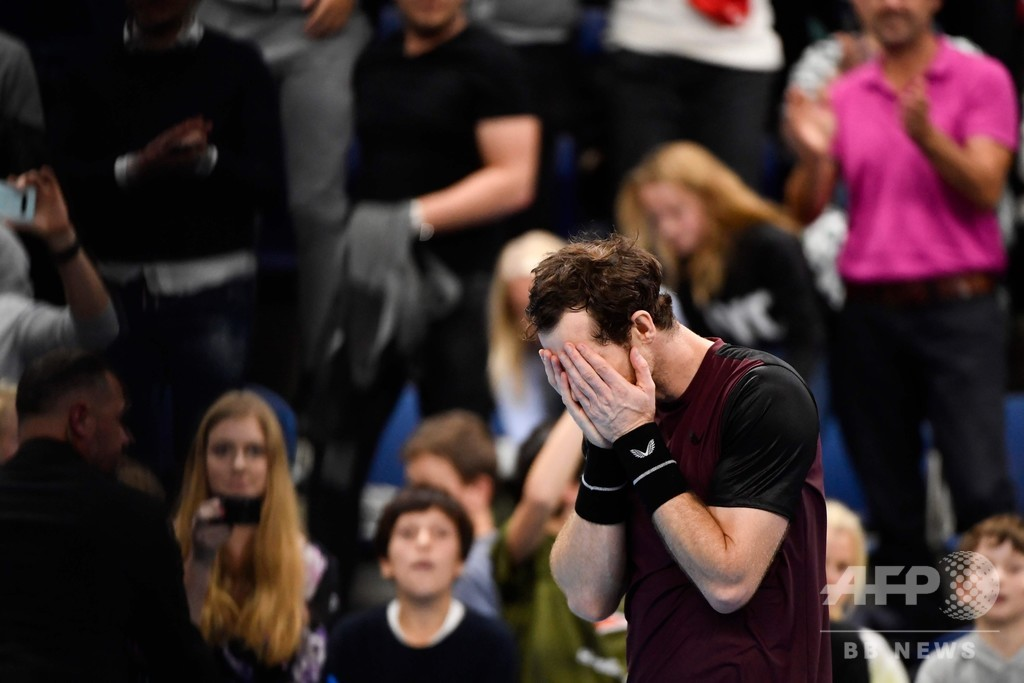 マレーが涙のツアー優勝、引退危機から復活「誇りに思う」