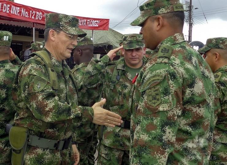 コロンビアの左翼ゲリラが軍准将らを拘束、政府との和平交渉中断