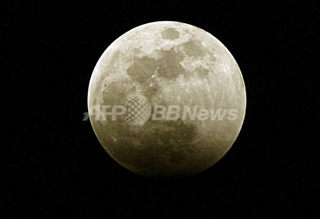 米グーグル、賞金総額34億円の月面探査機コンテストを実施