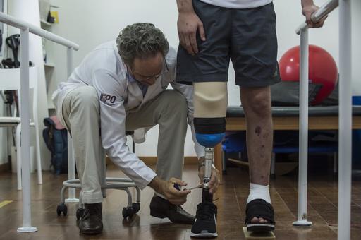 「感じる」義足、歩きやすさに貢献 国際研究