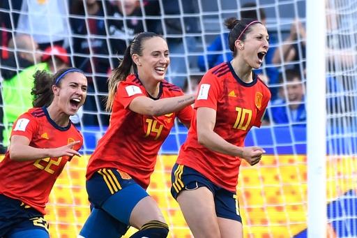 スペインが南アに逆転勝利、エルモソが2本のPK決める 女子W杯
