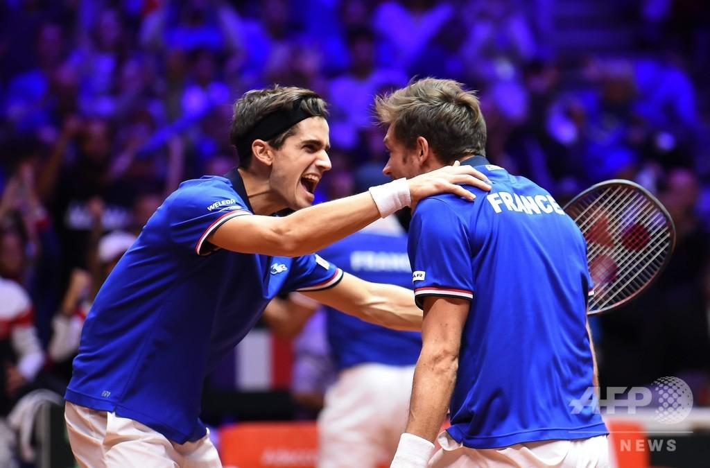 崖っぷちフランス、デ杯連覇へ望みつなぐ 最終戦準Vペアが勝利