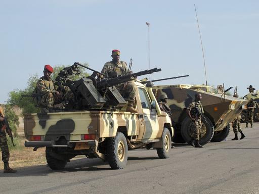 カメルーン軍、ボコ・ハラム戦闘員100人殺害 人質900人を解放