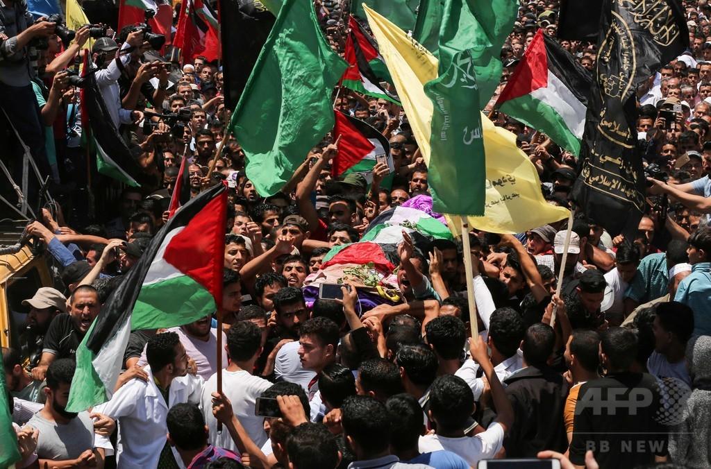 ガザの女性医療ボランティア、イスラエル軍の銃撃受け死亡