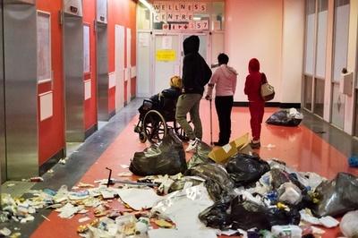 南アフリカ最大規模の病院で職員がスト、まひ状態に