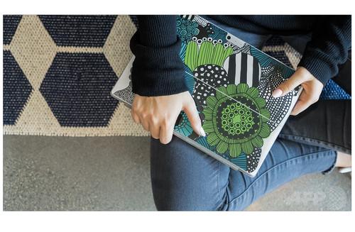 「Marimekko for Microsoft Surface」でおしゃれなワークスタイル