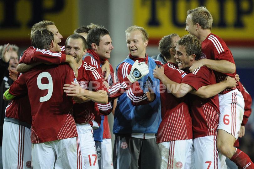 デンマーク スウェーデンを下し本大会出場決める、W杯予選