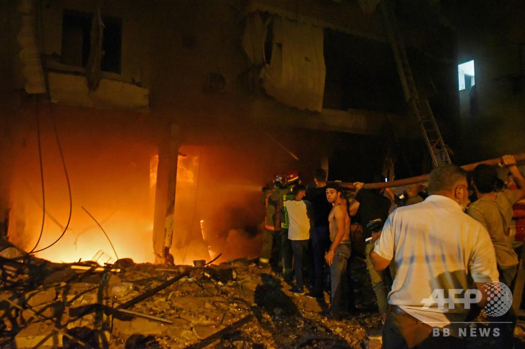 レバノン首都で燃料タンク火災と爆発、4人死亡