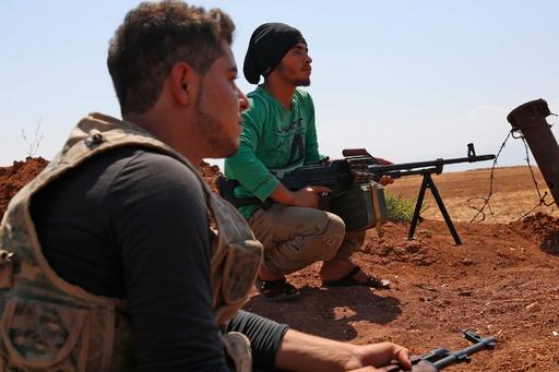 シリア反体制派が政府軍の進攻妨害へ橋爆破
