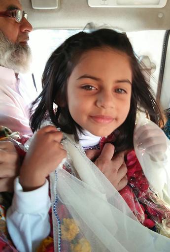 パキスタン国会、子どもへのレイプ・殺人犯に公開処刑求める決議案可決
