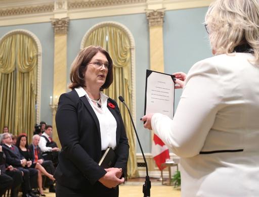 カナダ閣僚がまた辞任 トルドー政権に危機