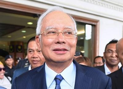 マレーシア、中国支援の鉄道計画打ち切り 「総工費高過ぎ」経済相