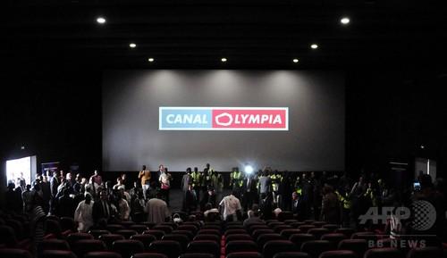 太陽光発電の映画館オープン ブルキナファソ