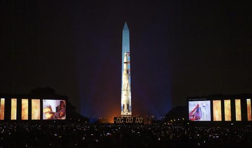 人類初の月面着陸から50年、米国で記念行事