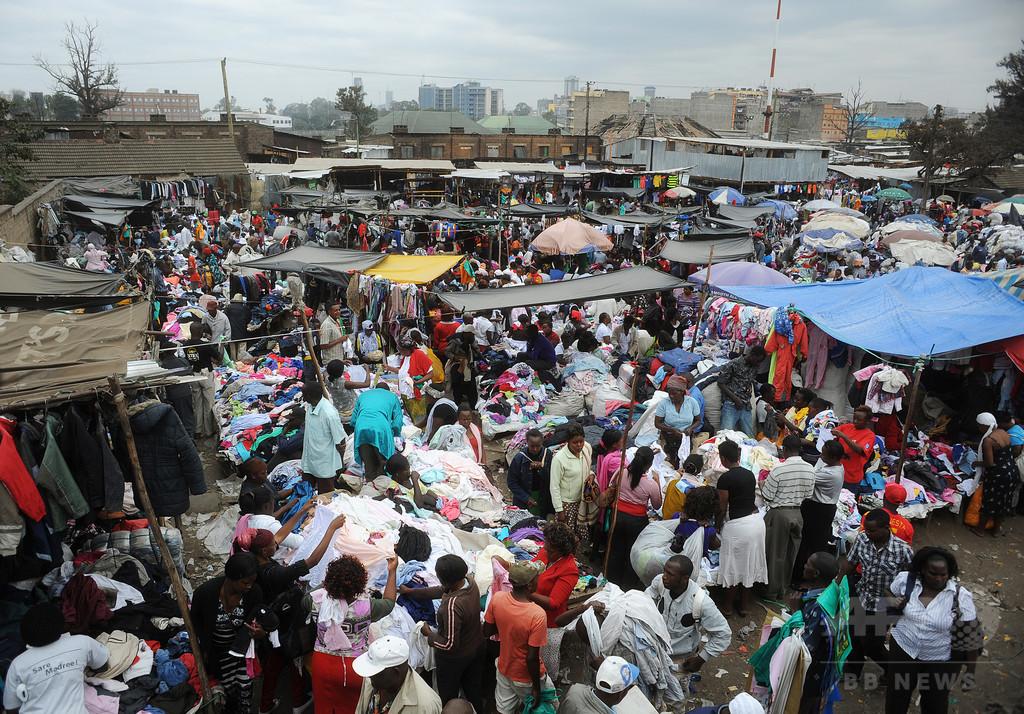 ケニア首都最大級の市場で火災、15人が死亡