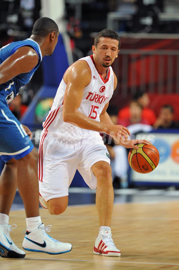 スロベニアとトルコが準々決勝進出、世界バスケ